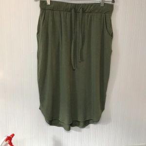 Zenana Olive Tie-Waist Tulip-Hem Pocket Skirt